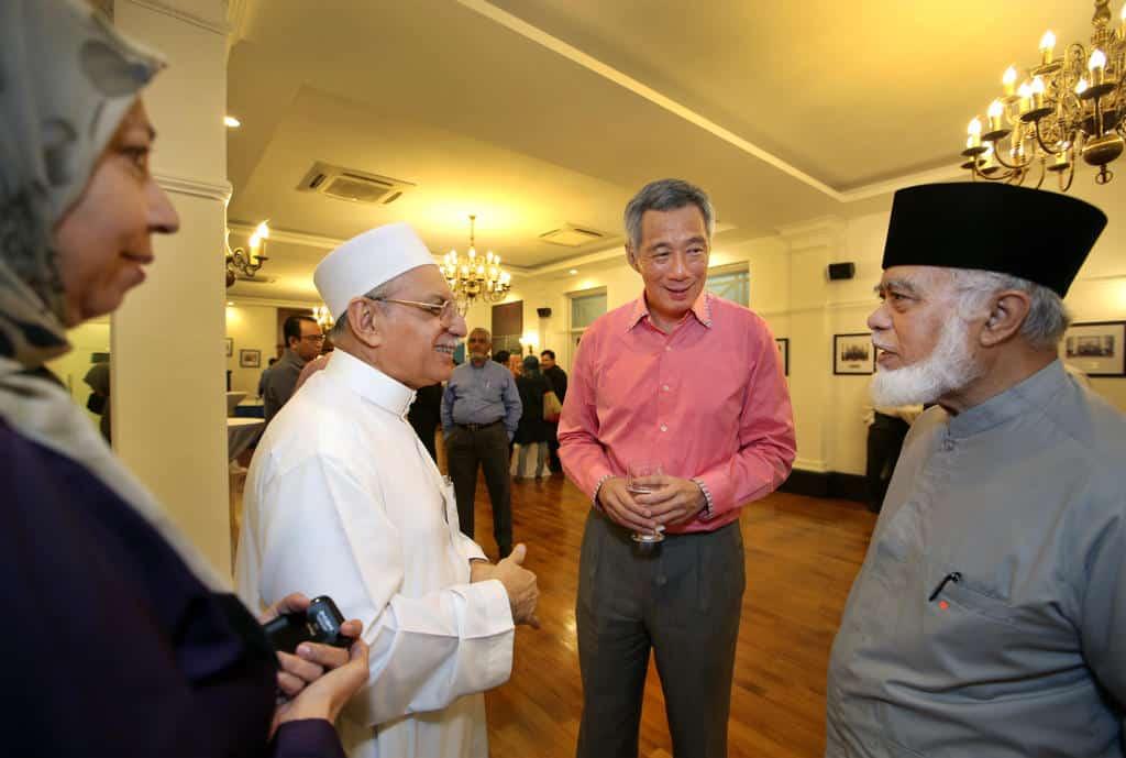 tudung singapore, Tudung: change has to evolve gradually; Singapore cannot take precipitous changes